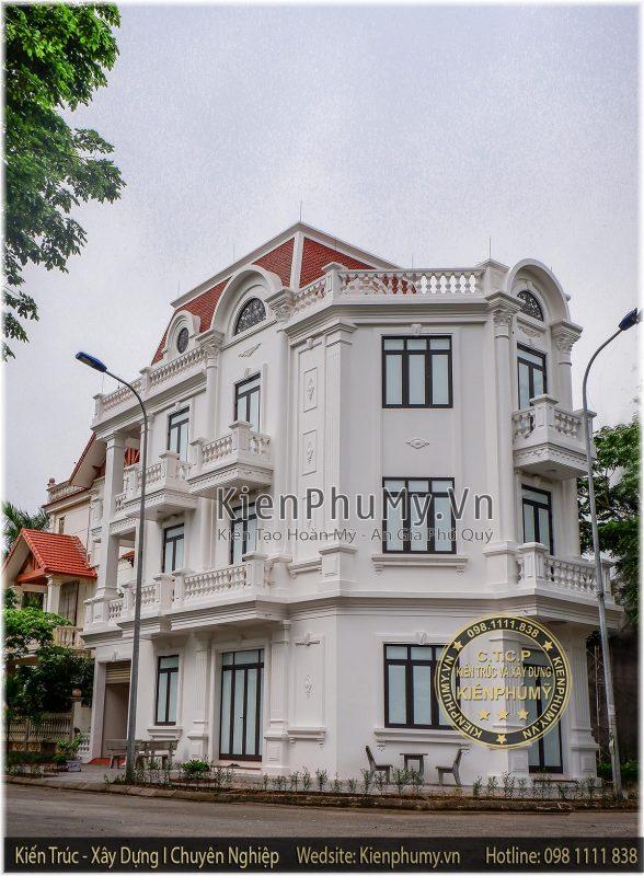 Thi công thực tế căn nhà phố 3 tầng cổ điển