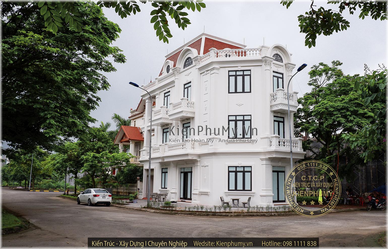 Mẫu nhà lô phố 3 tầng 1 tum 2 mặt tiền kiến trúc cổ điển Pháp