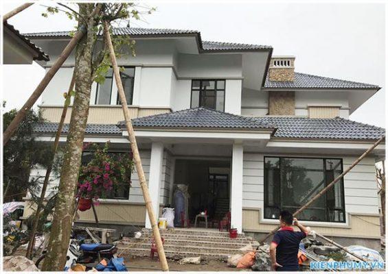 Thiết kế thi công nhà vườn mái thái 2 tầng đẹp 01