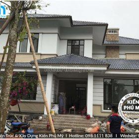 Thiết kế thi công nhà vườn mái thái 2 tầng đẹp 02