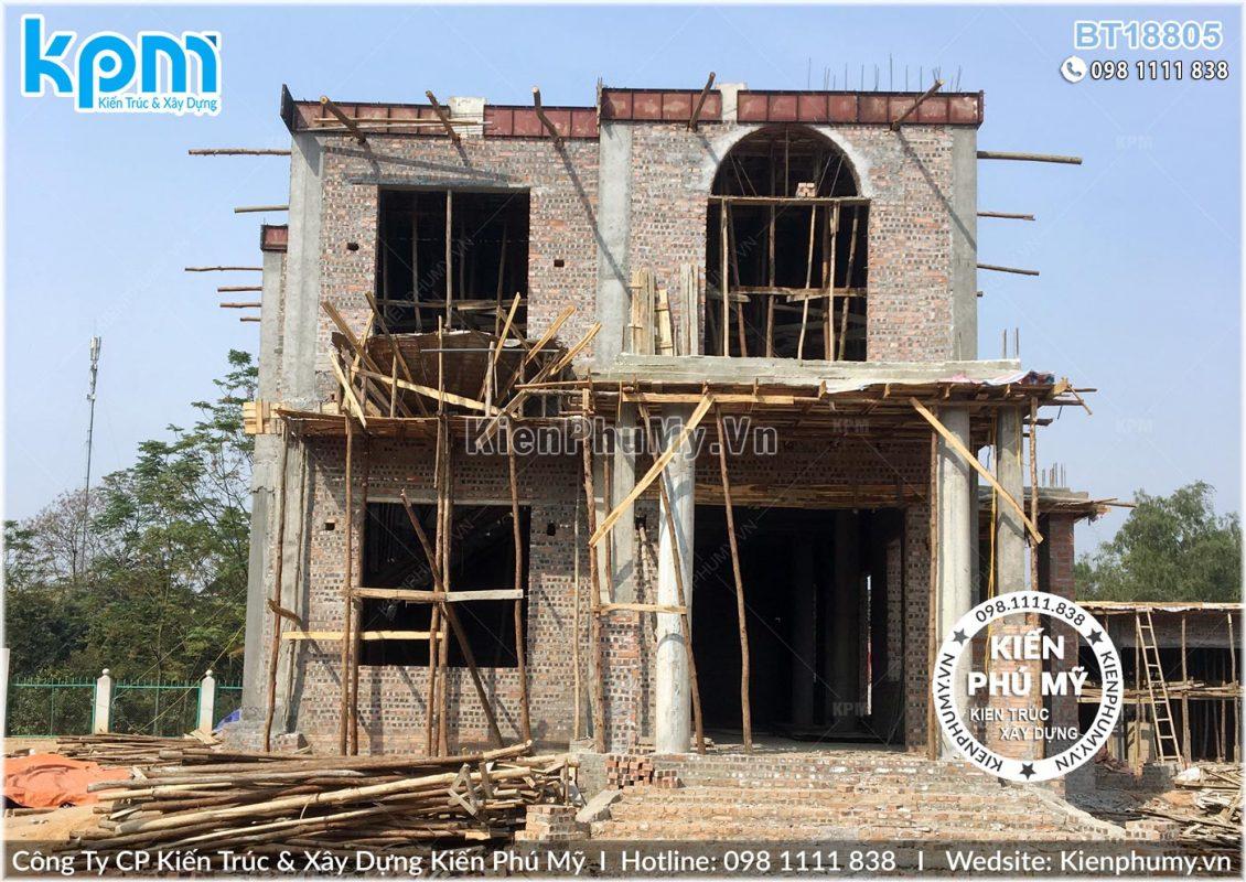 Thiết kế thi công biệt thự lâu đài 2 tầng 1 tum tại Vĩnh Phúc BT18005-01